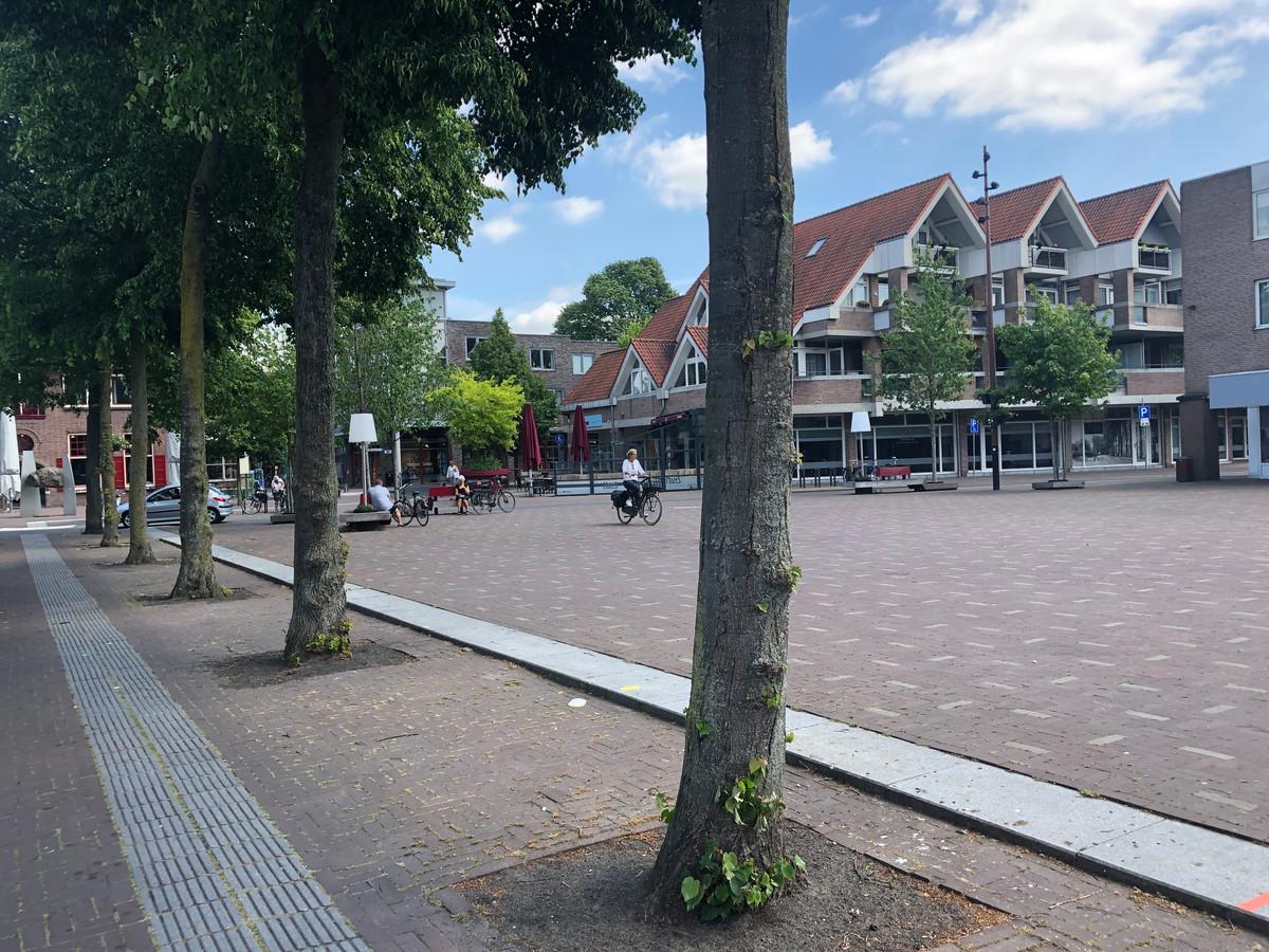 De gemeente Goirle biedt op het Kloosterplein de mogelijkheid tot het inrichten van een terras.