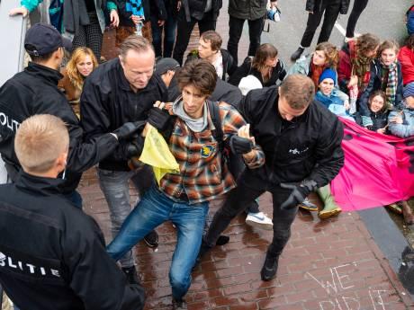 VVD pleit voor arrestatie Extinction Rebellion: milieu-activisten riepen op tot ontregelen Den Haag