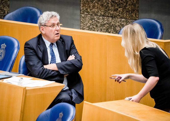 Henk Krol en Femke Merel van Kooten eind mei tijdens het verantwoordingsdebat in de Tweede Kamer over het jaar 2019.