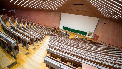 """Universiteit Kulak en hogescholen Howest en Vives nemen extra maatregelen tegen corona: """"We schorten lessen in aula's op"""""""