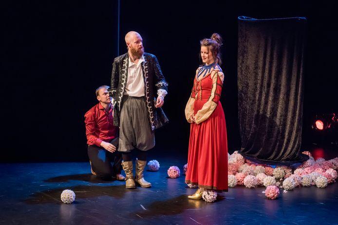 Toneelgezelschap Drie Maal Plankenkoorts zet een groot theaterfestival op touw.