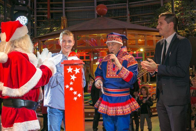 Het aansteken van de kerstverlichting gebeurt in het Waasland Shopping Center altijd op een speciale manier. Komende vrijdag zakt Helmut Lotti daarvoor af naar Sint-Niklaas.