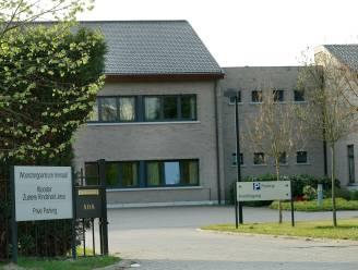 35 bewoners en personeelsleden testen positief in Hasselts rusthuis, vaccinaties donderdag zijn uitgesteld