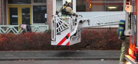 Brandweer redt kinderen van het balkon bij woningbrand in Amersfoort