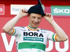 Sam Bennett gagne la 14e étape de la Vuelta marquée par une chute