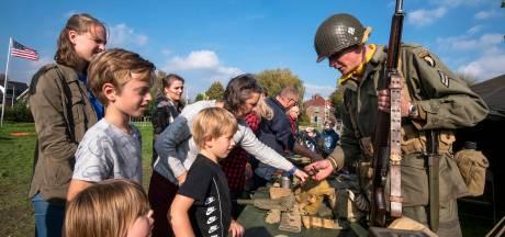 Alle Betuwse scholen zijn bij herdenking oorlog in Elst