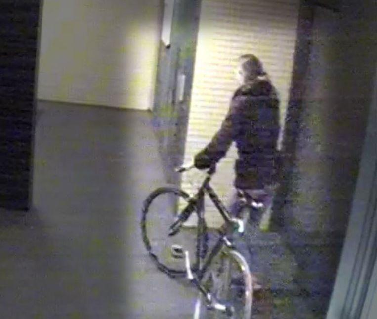 Oosterbeek vertrok in de nacht van 7 maart op haar fiets en is sindsdien vermist. Beeld Politie