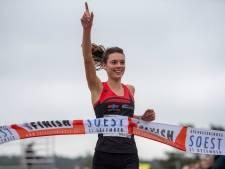 Brons voor Tilburgse atlete Julia van Velthoven op Universiade