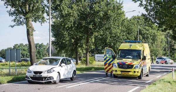 Weer een ongeval op kruispunt dodelijke aanrijding in Alphen: twee gewonden.