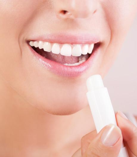 Lippenbalsem onveilig? Onnodige ophef, aldus cosmeticabranche
