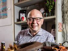 Zelfs zijn eigen familie herkent Jos niet meer tijdens het Dickens Festijn in Deventer