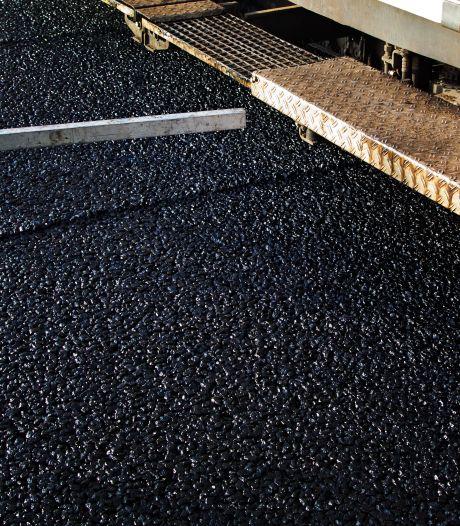 Ergernis over vroegtijdige vervanging asfalt voor doorfietsroute Assen-Groningen