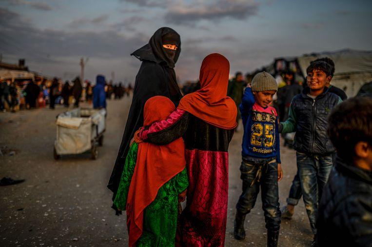 Het is onbekend of er nog meer kinderen zijn zoals de neefjes van S. R. die zonder hun ouders in de vluchtelingenkampen zitten. Beeld AFP
