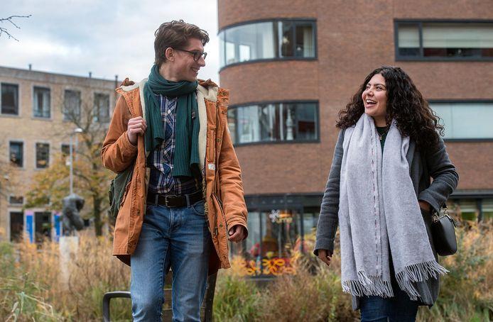 Studenten Ziyad Palte (links) en Haya Salman