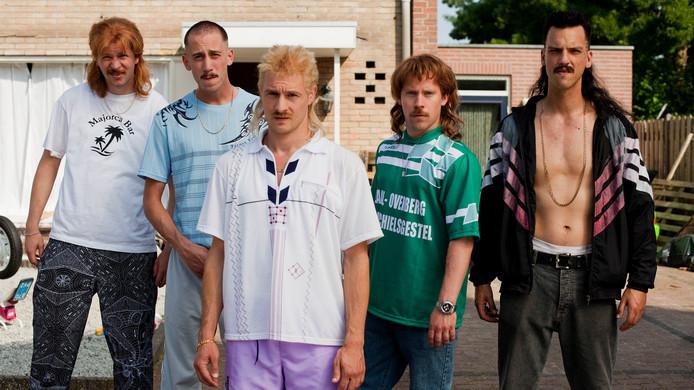 De hoofdrolspelers in 'New Kids Turbo'.