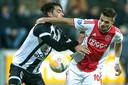 Zowel Tadic, hier in duel met Maximilian Rossmann, als De Jong scoorde niet tegen Heracles.