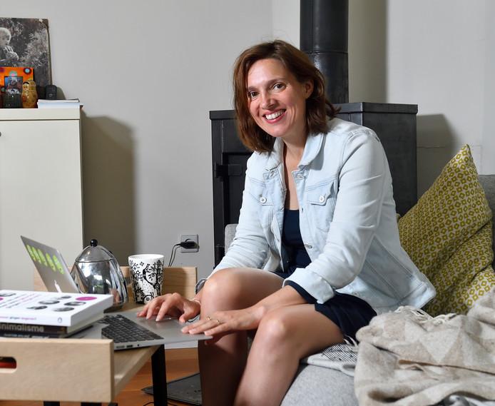 Eva Naaijkens: ,,Als scholen ervoor zorgen dat leraren plezier in hun werk hebben, wordt het onderwijs ook beter'.