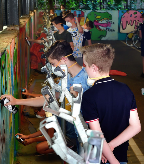 Hitte en cultuur strijden om aandacht van leerlingen van 't Rijks in Bergen op Zoom