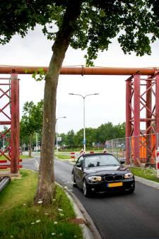 Tijdelijke poort naar Druten over de Scharenburg