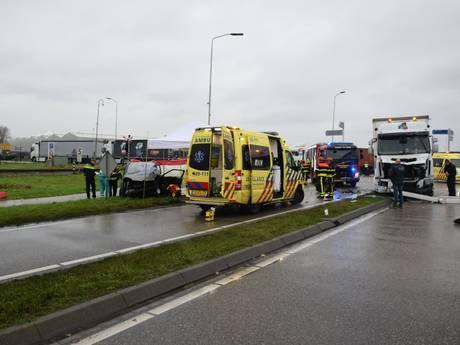 Automobiliste overleden na aanrijding op Zuidelijke Randweg Moerdijk