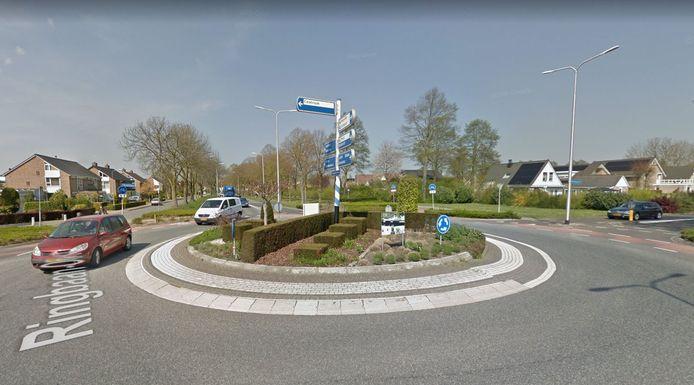 De huidige rotonde in de Ringbaan Oost richting onder meer het centrum van Zevenaar, ter hoogte van de Vondellaan.