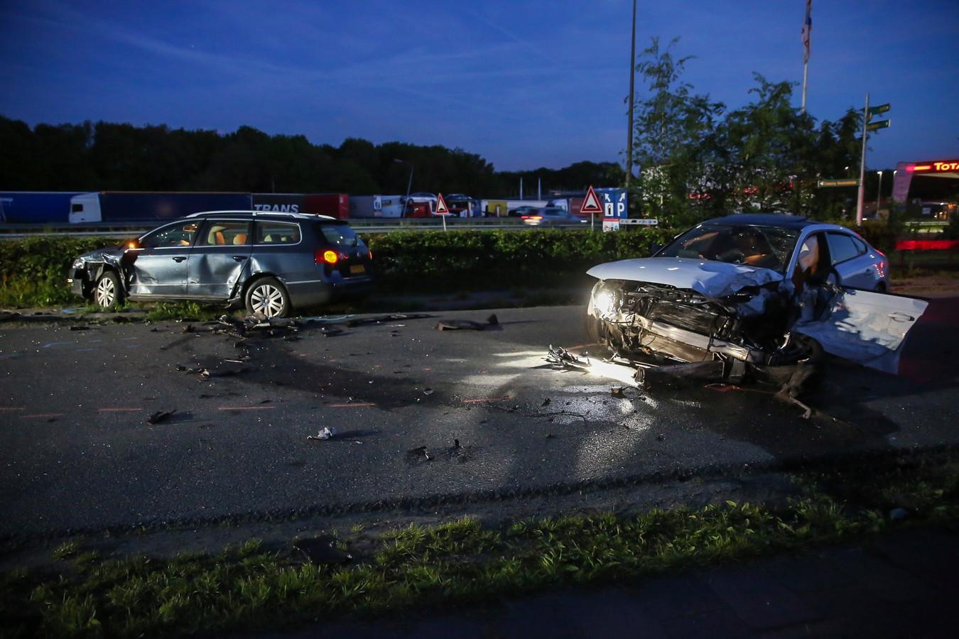 Ongeluk Bergen op Zoom waarbij twee mensen gewond raakten