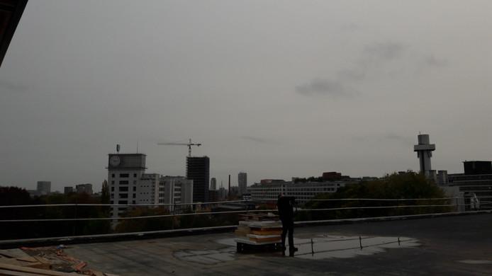 Het dak van Strijp-TQ krijgt een daktuin met uitzicht op onder meer Strijp-S.
