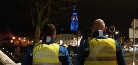 Vuistvlag voor Bredase boa, handhavers dringen opnieuw aan op wapenstok en pepperspray