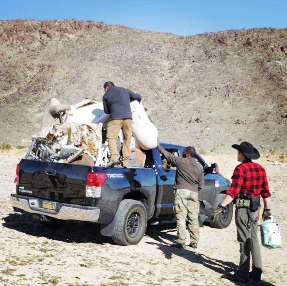 Vrijwilligers deden wat ze konden om het park zo veel mogelijk op te ruimen.