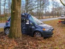 Man gewond naar het ziekenhuis na ongeval in Someren