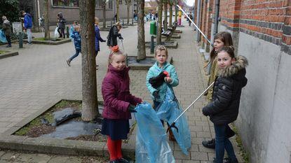 Duizenden leerlingen houden grote lenteschoonmaak