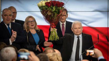 Poolse conservatieve regeringspartij PiS met ruim 45 procent aan kop bij parlementsverkiezingen