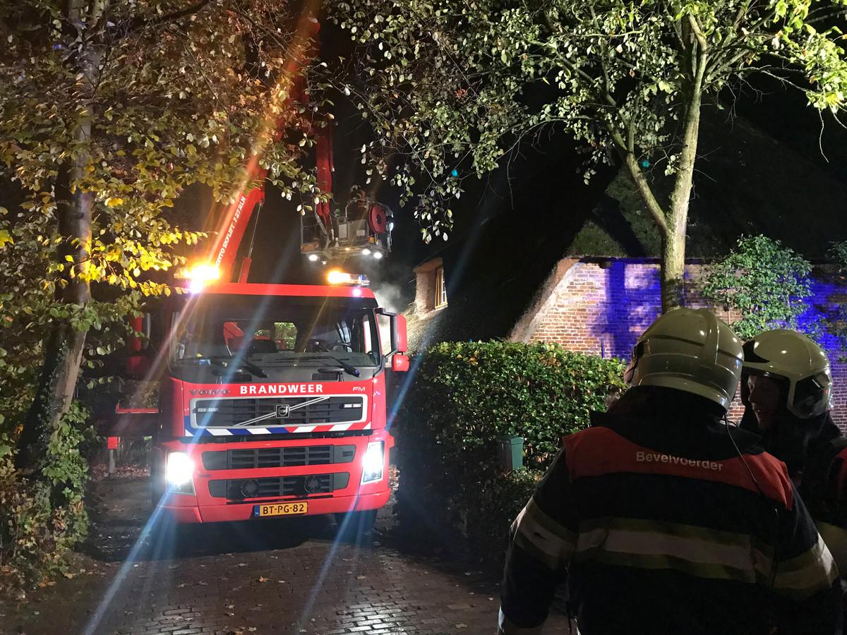 Brand in schoorsteen in Heeswijk-Dinther