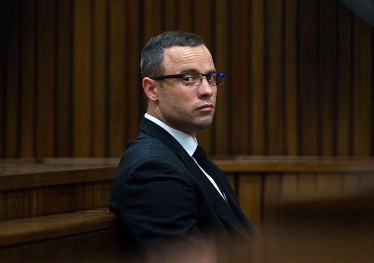 Oscar Pistorius, die is aangeklaagd voor moord op zijn vriendin Reeva Steenkamp. Beeld afp