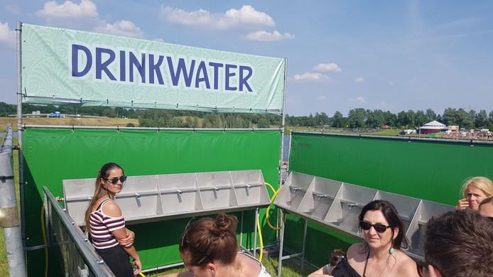 Watertap Kapot Op Festival Central Park Nieuw Waterpunt Bij Ingang
