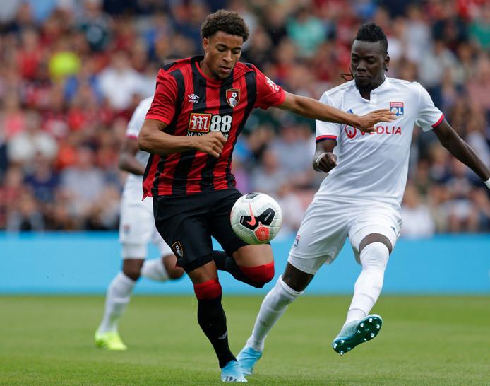 Danjuma Groeneveld in actie tijdens het vriendschappelijke duel met Olympique Lyon.