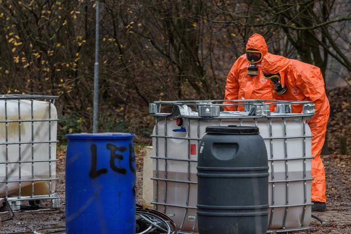 De gemeenten Bergen op Zoom, Woensdrecht, Steenbergen en Tholen stellen samen met diverse partners een plan van aanpak om drugsdumpingen in de regio de kop in te drukken.