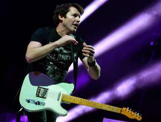 VIDEO. James Blunt maakt na 14 jaar vervolg op clip 'You're Beautiful'