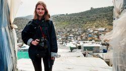 """Antwerpse fotografe op eerste rij bij nakende corona-uitbraak vluchtelingenkamp Lesbos: """"Social distancing? Onmogelijk"""""""