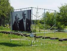 Fotodoek van Bevrijdingsroute in Bergen op Zoom gestolen