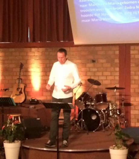 Populaire televisieserie De Luizenmoeder inspireert  kerk in Eindhoven