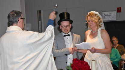 """Werknemers rusthuis Ter Berken 'huwen' op 20/02/2020: """"De perfecte generale repetitie, want maandag stap ik echt in het huwelijksbootje"""""""