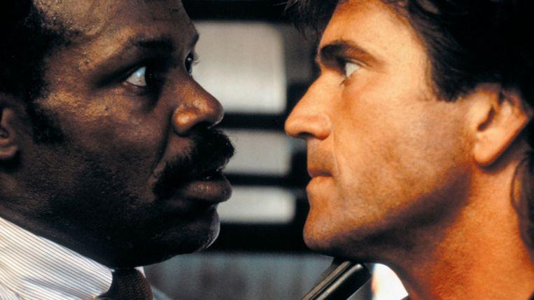 Danny Glover (links) en Mel Gibson in Lethal Weapon van Richard Donner. Beeld