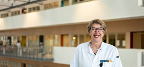 Reumatologe Iet van Albada-Kuipers (63) met pensioen: 'Ontroerend om te merken wat je voor mensen hebt betekend'