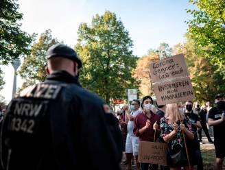 Veel politie bij protest tegen coronamaatregelen in Düsseldorf