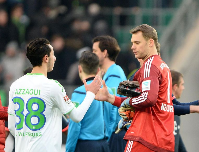 Azzaoui met Manuel Neuer.