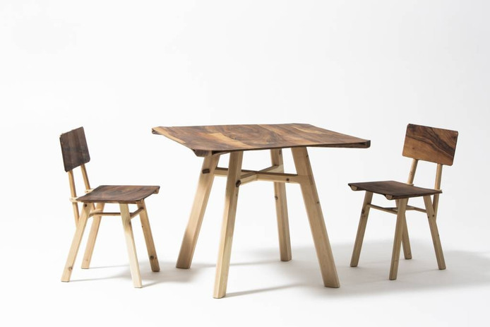 Laminated Table and Chairs van Jeroen Wand. foto's Sam Walravens