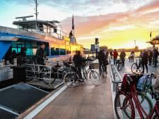 Swets uit Zwijndrecht neemt waterbus Drechtsteden-Rotterdam over