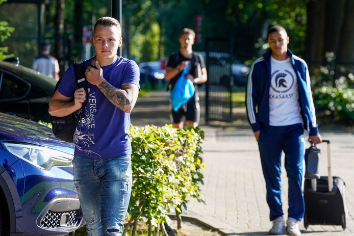 Tijn Daverveld voor de eerste training van PSV.