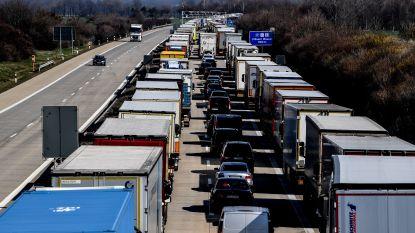 Polen voert grenscontroles in: gezinnen met kinderen tot 20 uur in de file om land binnen te raken